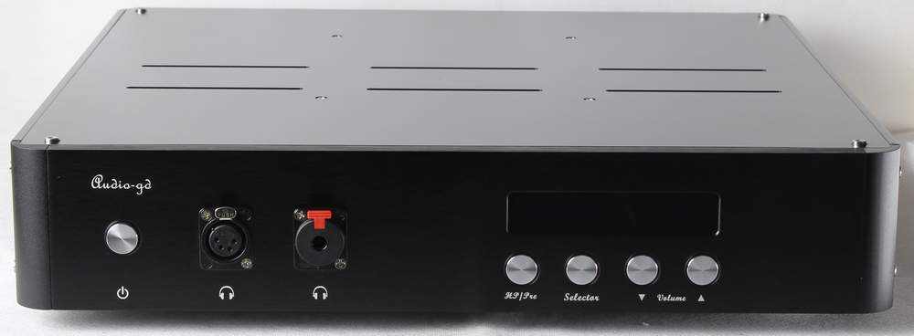 http://www.audio-gd.com/Pro/Headphoneamp/Reference10/RE10.1.JPG