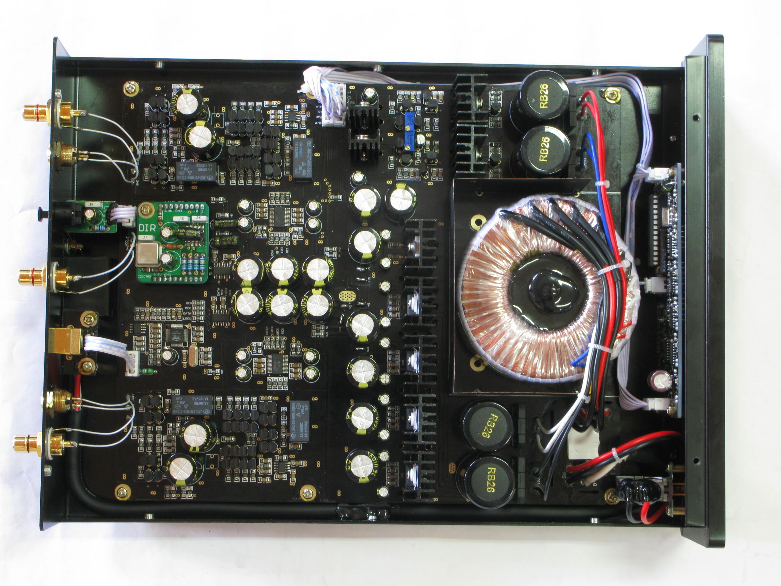 电路作为i/v转换,及无反馈的并联甲类稳压电源对全机