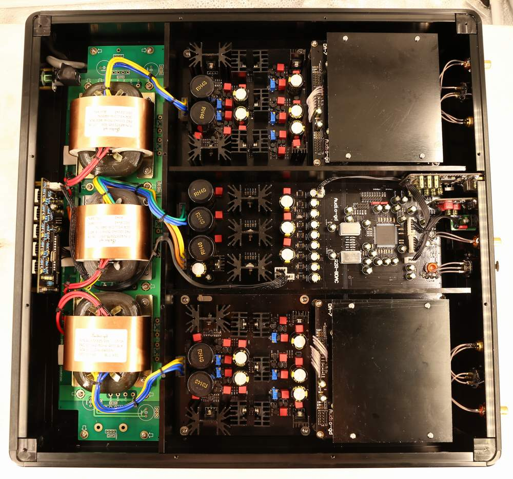Low Noise Power Supply For Audio Circuits This Results In Ultra High Speed And Performance Clean Independent All Different Parts To Achieve Highest Quality